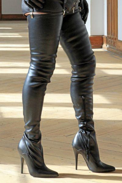Schwarze Crotch Overknee Stiefel Miceli-327-623