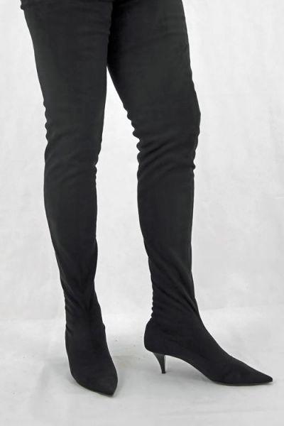 Schrittlanger Velour Overknee Stiefel mit kleinem Stiletto Absatz
