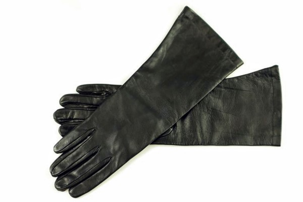 Unterarmlange Lederhandschuhe mit Seidenfutter schwarz