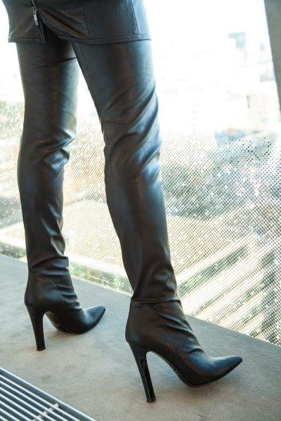 Schwarzer High Heel Overknee Stiefel von Miceli