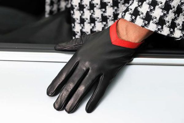 Exklusive schwarz-rote Lederhandschuhe - MICELI - Made in Italy