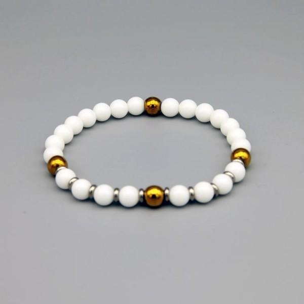 Herren Perlen Armband mit weissen Jade Perlen und goldfarbenen Hematit Perlen