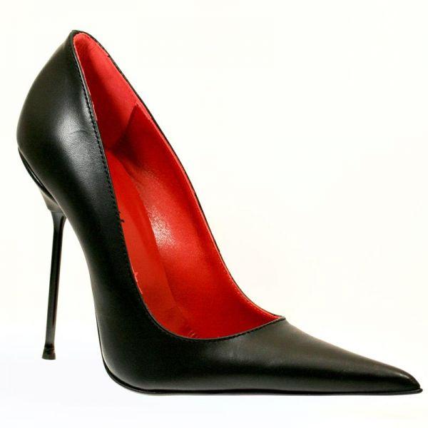 Miceli-22122     Spitzer italienischer Designer-Pumps, gefertigt aus hochwertigem Leder, mit einem feinen, dünnen 13 cm hohen High-Heel Metallabsatz, rotem Lederfutter und roter Lederinnensohle.