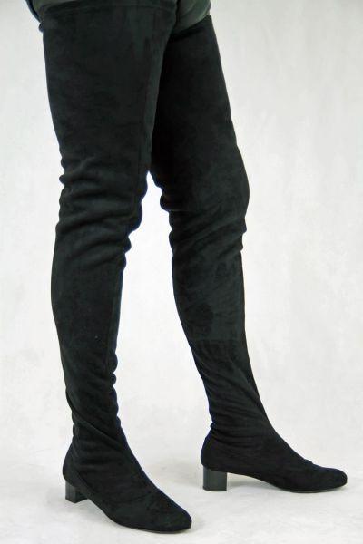 Schrittlanger schwarzer Stretchvelour Stiefel im Stil der 60er Jahre